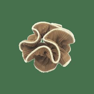 Scrunchie – gyldenbrun med guldkant – fra By Stær