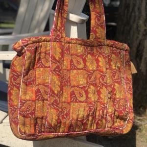 Stor Tote bag – By Li